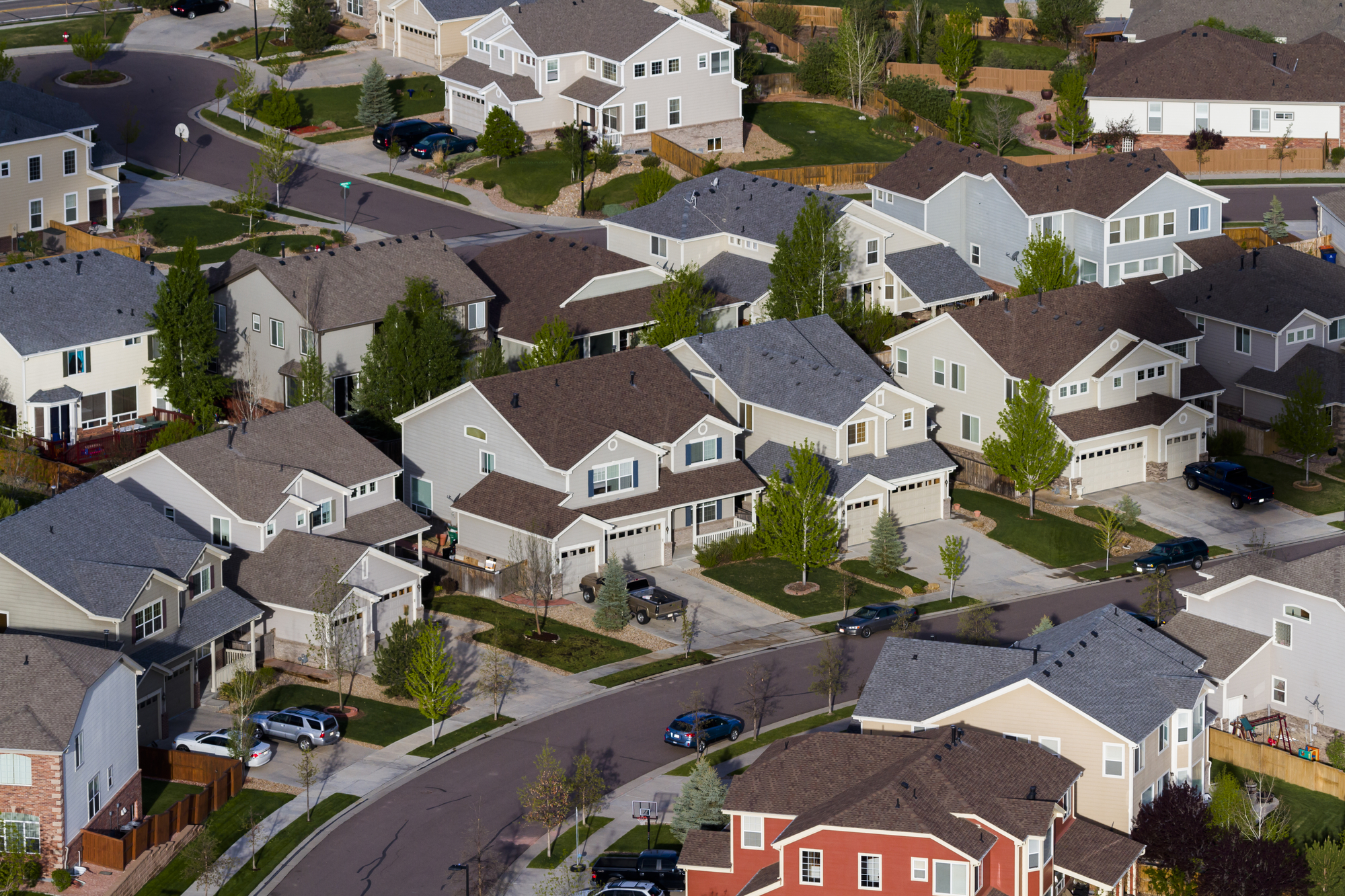 What S The Difference Between Custom Tract And Production Homes